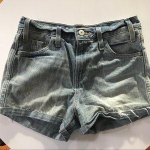 Levi's Mid-rise denim shorts size 25